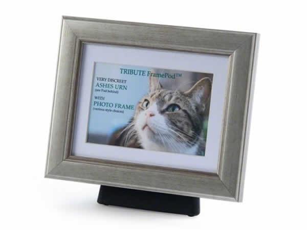Silver Frame Amp Pod Medium Pet Memorials Pcs